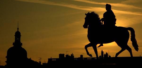 Place Bellecour. Statue de Louis XIV