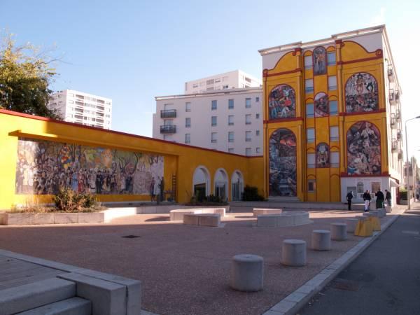 Espace Diego Rivera : vue d'ensemble de la place
