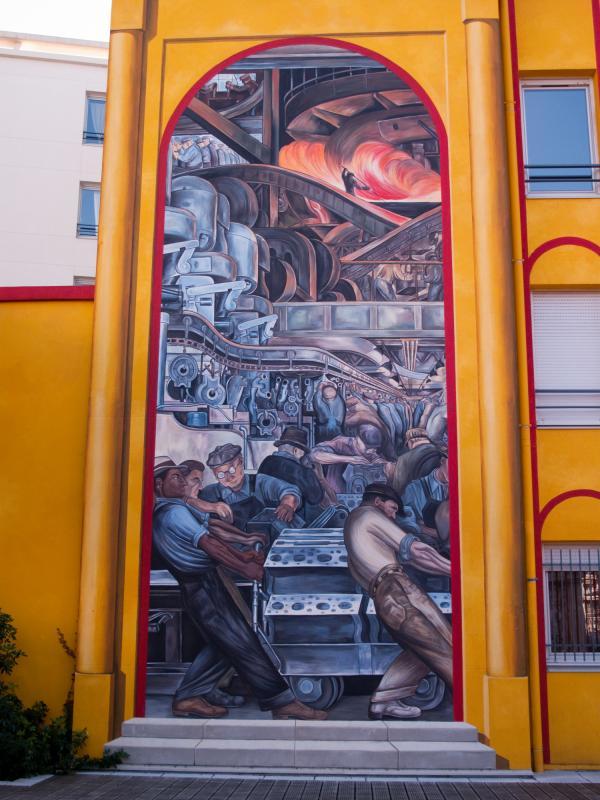 Espace Diego Rivera : façade contemporaine, l'usine