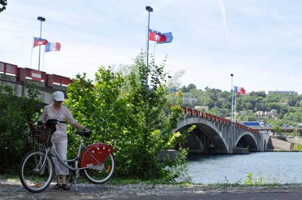 Le pont Pasteur. 3/5 (pont Pasteur Perrin)
