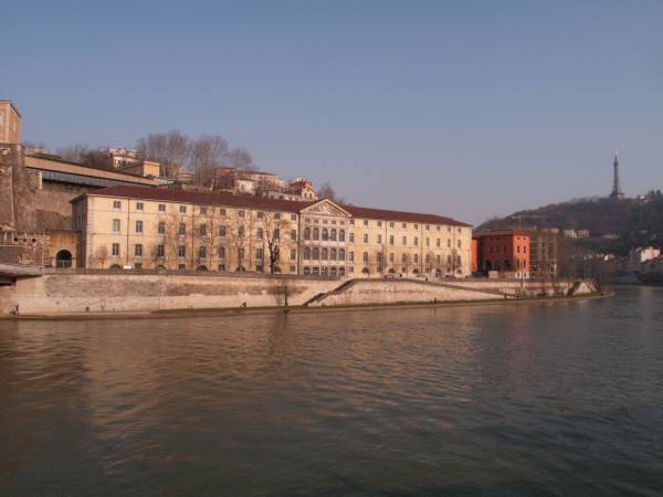 Quai Saint-Vincent vu depuis le quai Pierre-Scize