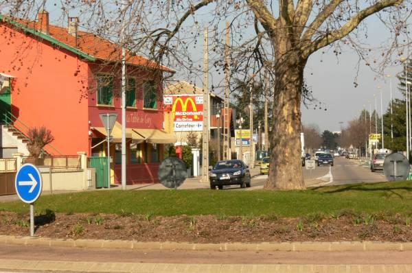 Avenue Salvador Allende