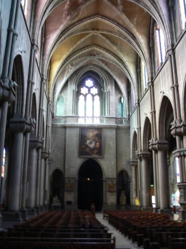 Église Sainte-Blandine : vue d'intérieur