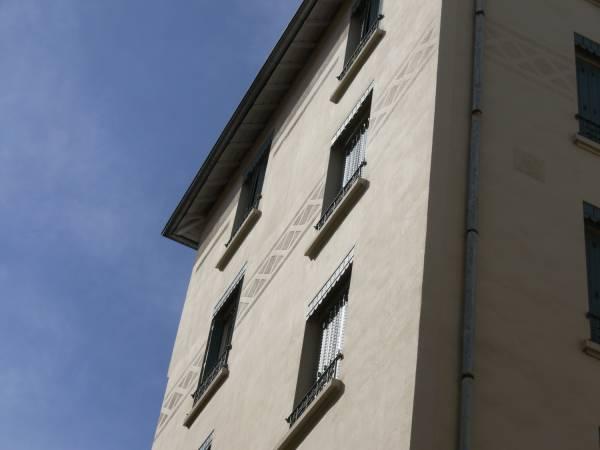 Quartier Perrache : immeuble d'habitation