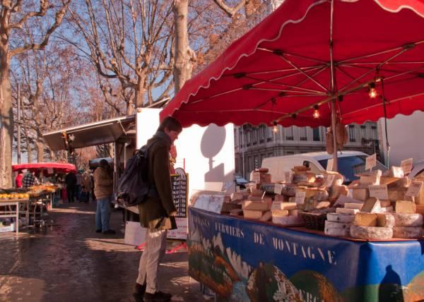 Marché du quai Augagneur