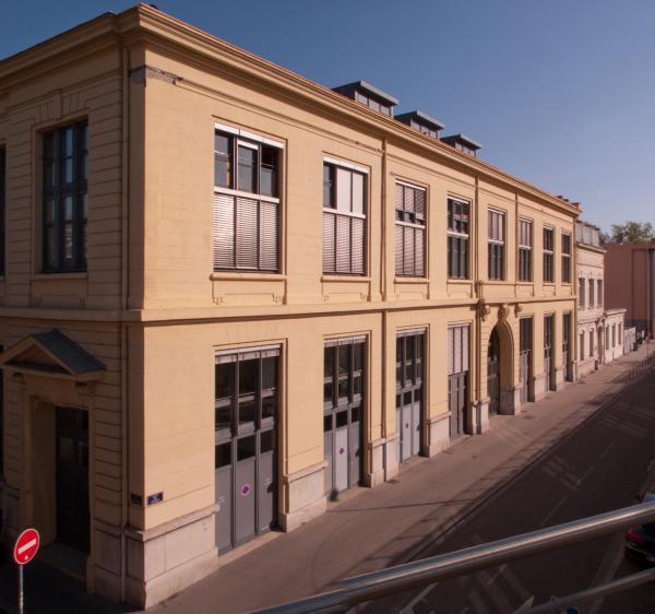 Archives municipales dans la rue Gilibert