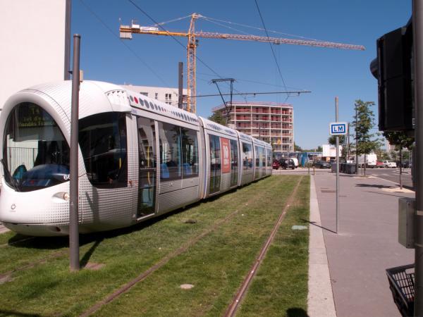 Station de la T4 Jet d'Eau Mendès France, terminus provisoire, vers le chantier de prolongement de la T4