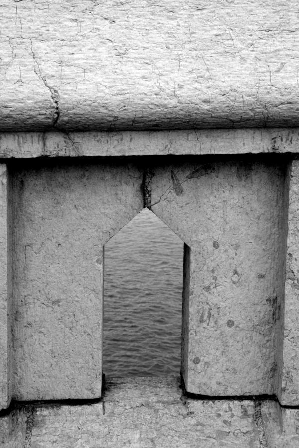 Ponts et passerelles 22/39 : Dessin des parapets...