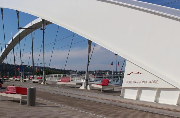Le Pont Raymond-Barre coté Gerland