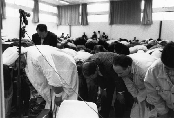 [Rassemblement pour la prière de l'Aïd-El-Kébir à Gerland]