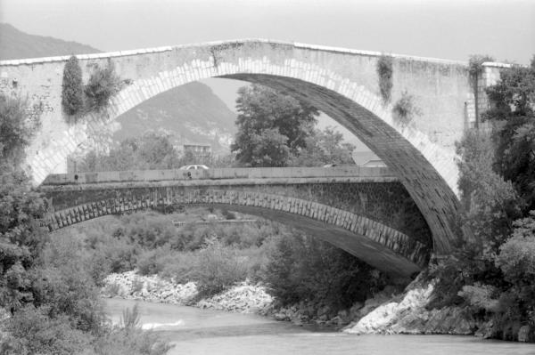 [Le Pont de Claix sur le Drac (Isère)]