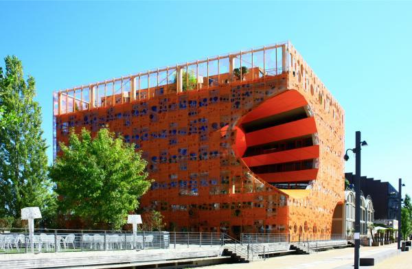 Le Cube Orange, Jakob + Macfarlane Architects