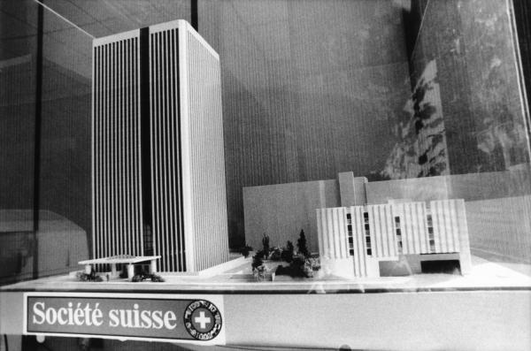 """[Maquette de la """"Tour suisse"""" (Swiss Life)]"""
