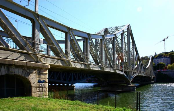Viaduc ferroviaire de la Mulatière