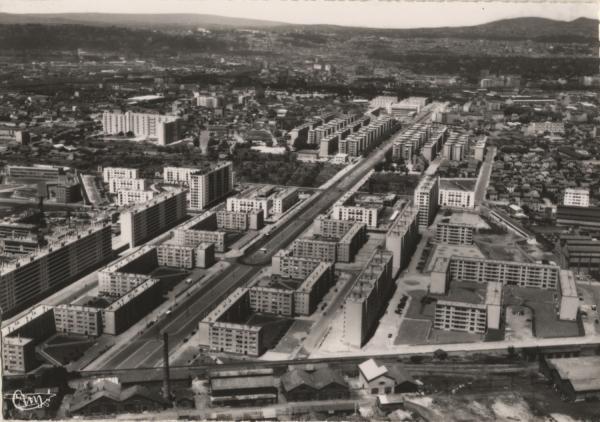 Lyon (Rhône) : Boulevard des États-Unis