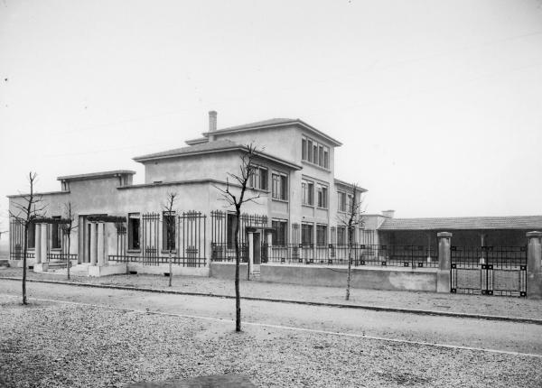 [Ecole Jeanne-d'Arc à Villeurbanne (?)]