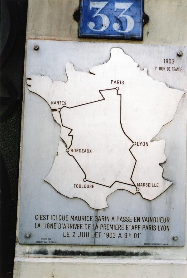 Le post des Gones (Lyonnais) - Page 41 Web_Source0