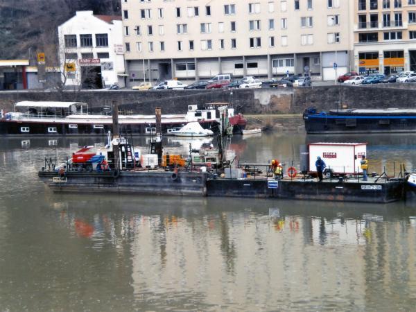 Sondage pour la construction du pont Schuman