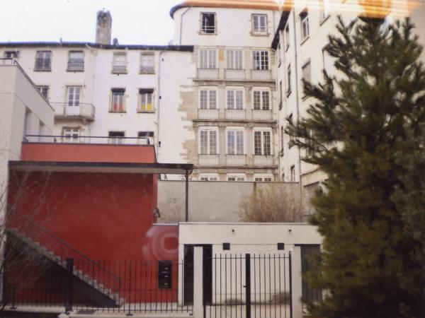 2, rue Sergent Michel-Berthet
