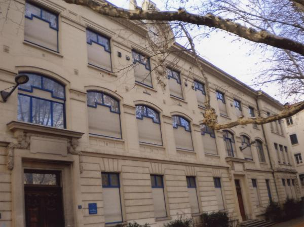 5, place Ferber : collège Jean de Verrazane