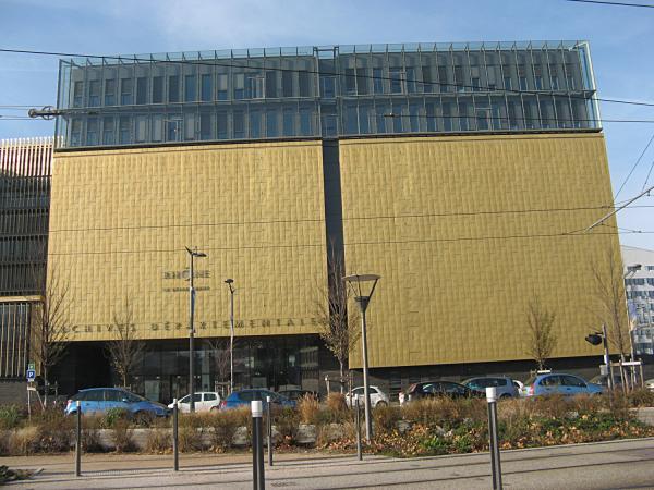 """""""Un immeuble doré"""""""