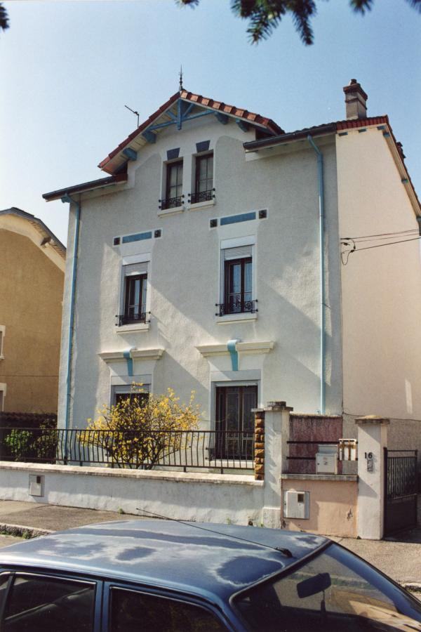 16, rue Emile-Littré