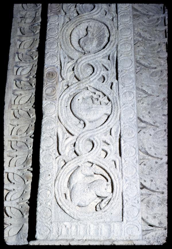 [Bas-relief, église Saint-Martin d'Ainay]