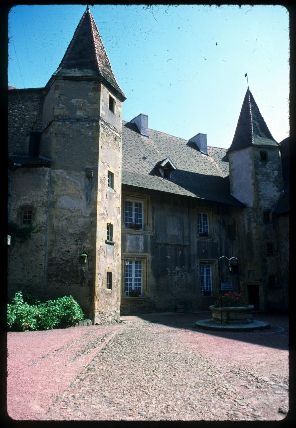[Charlieu (Loire) : Hôtel des Prieurs]