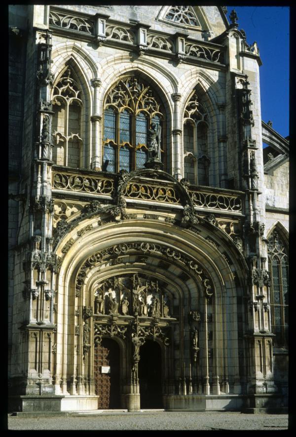 [La façade de l' église du monastère royal de Brou, Bourg-en-Bresse]