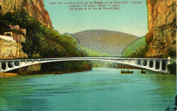 Pont en bêton armé de La Balme sur le Rhône (Ain - Savoie).