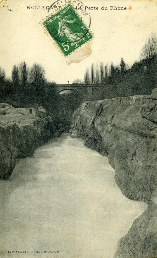 Bellegarde - La Perte du Rhône.