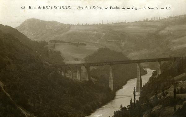 Env. de Bellegarde. - Pas de l'Ecluse, le Viaduc de la Ligne de Savoie.