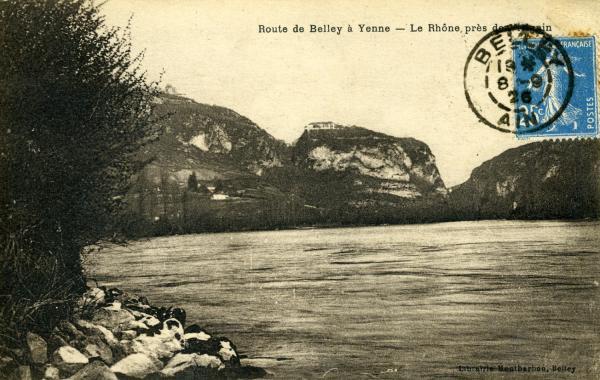 Route de Belley à Yenne - Le Rhône près de Virignin