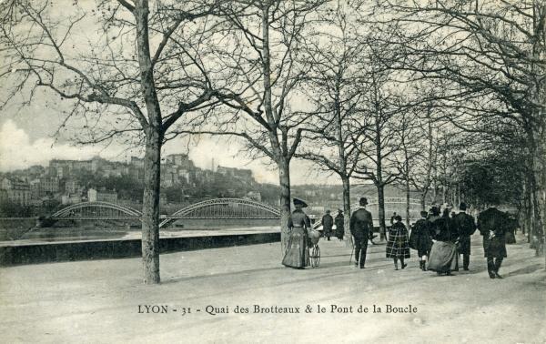 Lyon - Quai des Brotteaux & le Pont de la Boucle