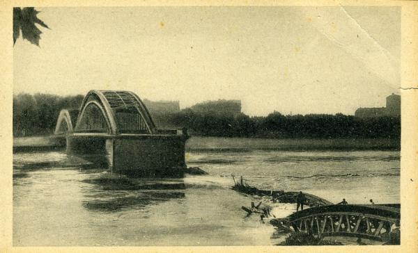 Les ponts meurtris