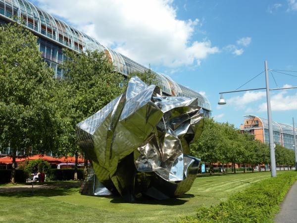 World Markets, sculpture de Wang Du