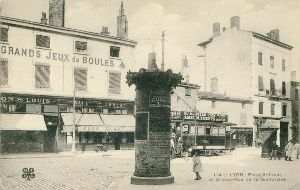 Lyon : Place St-Louis et Grande-Rue de la Guillotière.