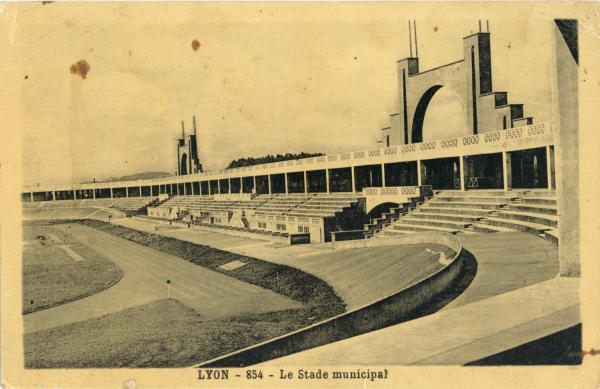 Lyon : Le Stade municipal.