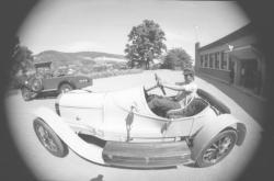 Musée de Rochetaillée : exposition de vieilles voitures