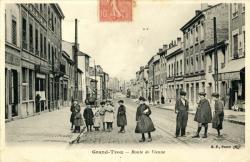 Grand-Trou : Route de Vienne.