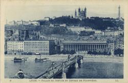 Lyon : Palais de Justice et côteau de Fourvière.