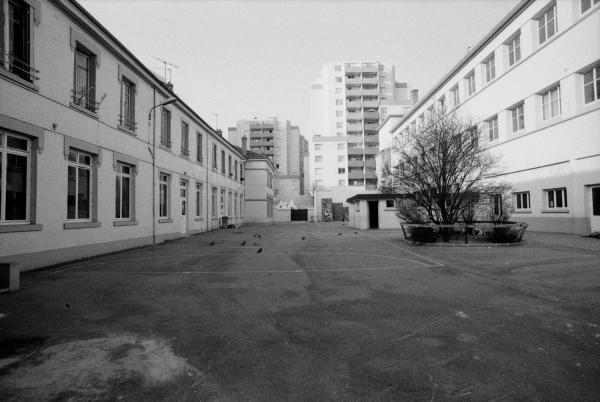 [Groupe scolaire Lakanal à Villeurbanne]