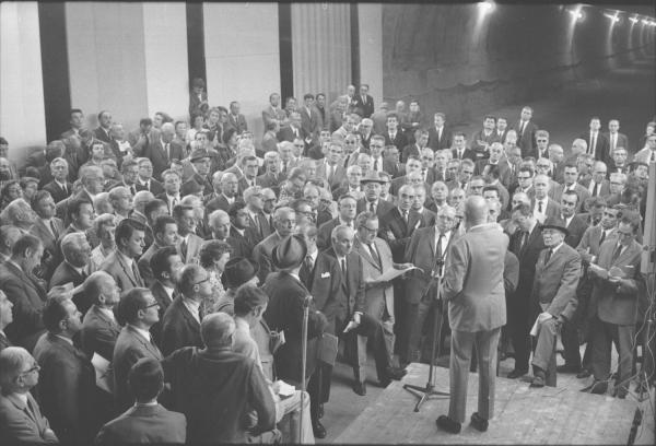Réunion avec le maire et actualités mai-juin 1970