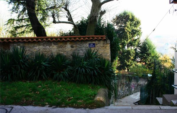 Rue Lebrun