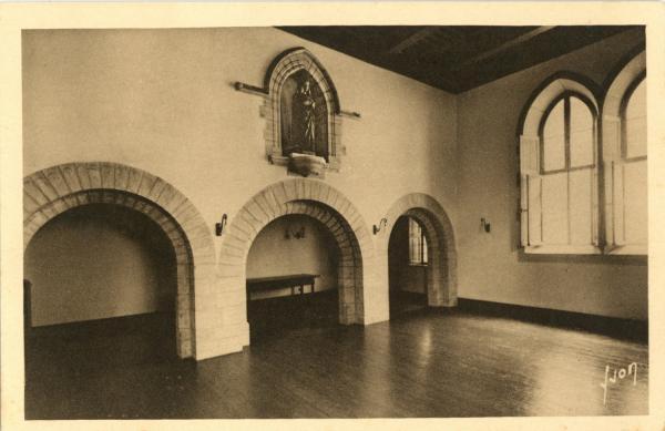 Carmel du Reposoir (Hte-Savoie) : Salle de communauté.
