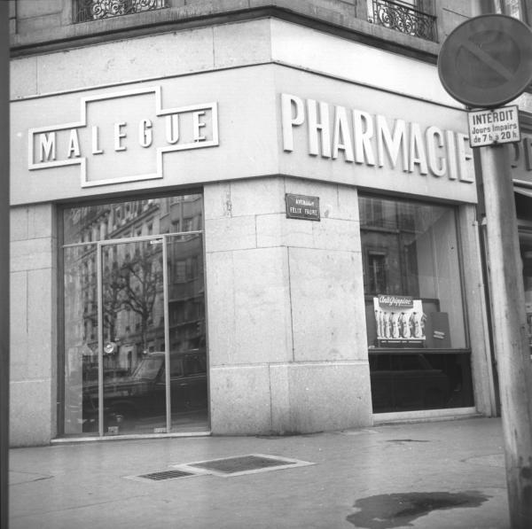 "Pharmacie lyonnaise ""Malegue"""