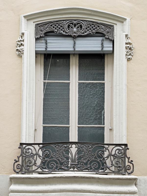 [44, rue Germain]