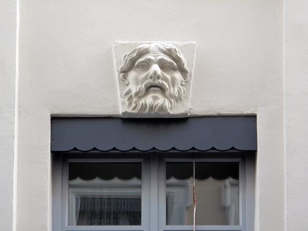 [5, rue Royale]
