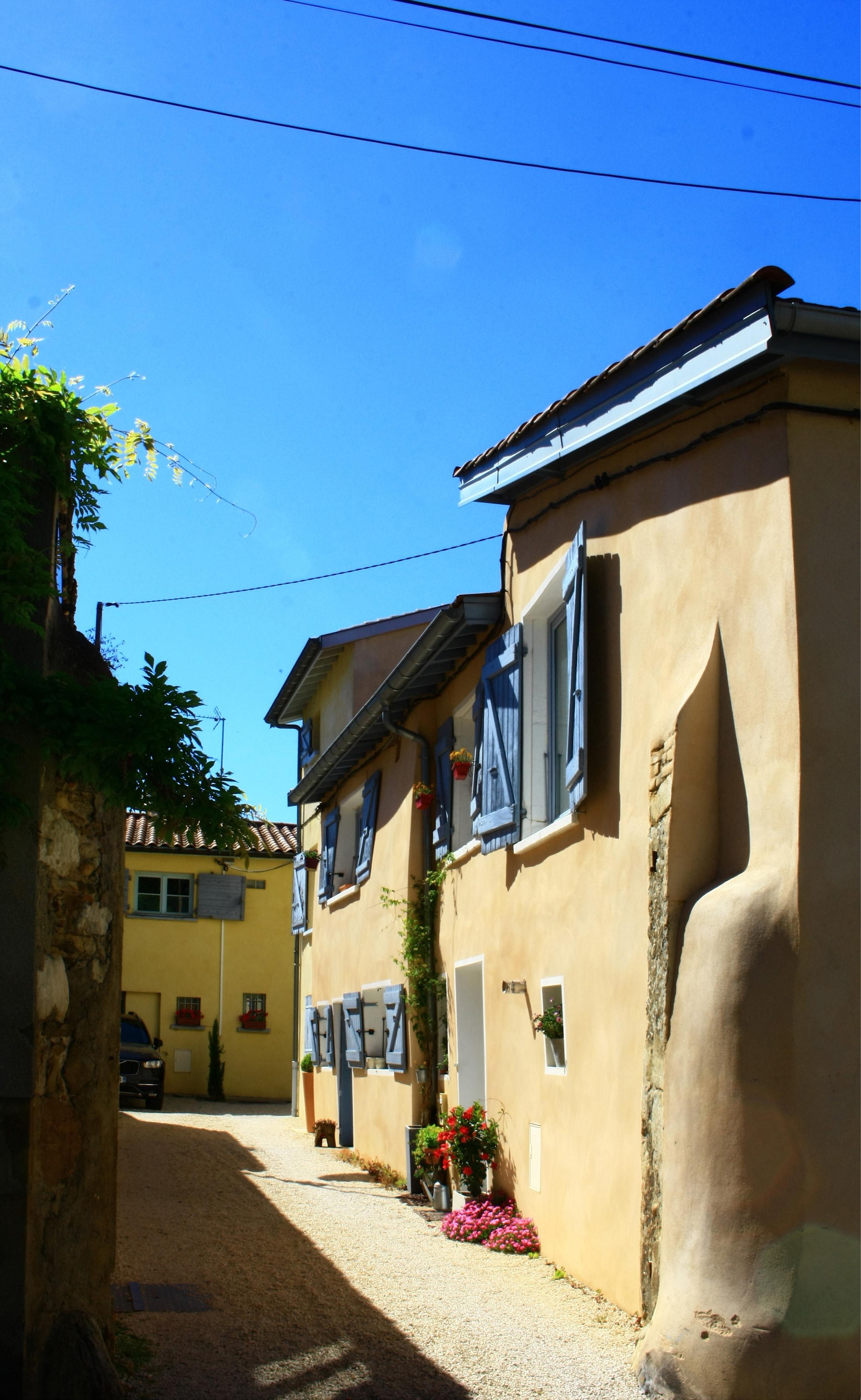 Bibliothèque Ste Foy Les Lyon photographes en rhône-alpes::[rue parmentier, sainte-foy-lès