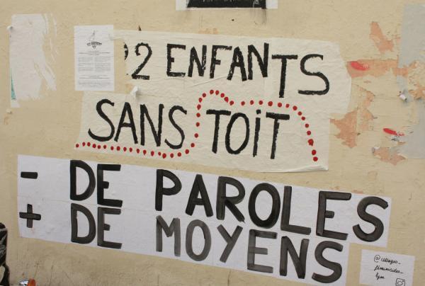 """Collage féministe, collectif """"Collages féministes Lyon"""", rue des Tables Claudiennes, Lyon 1er"""